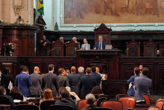 Presidente da Alerj, André Ceciliano (PT), durante discussão sobre possível grampo dos telefones da Casa