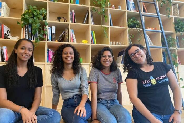 As quatro alunas selecionadas estão vivenciando rotina de cientistas de dados no laboratório de inovação da companhia; processo teve mais de cem inscritos