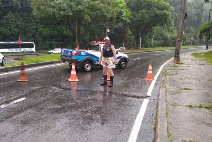 A Guarda Municipal do Rio de Janeiro divulgou um plano de bloqueio de algumas vias da cidade durante as chuvas fortes