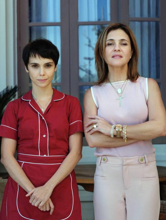 Débora Falabella, a Nina, e Adriana Esteves, Carminha