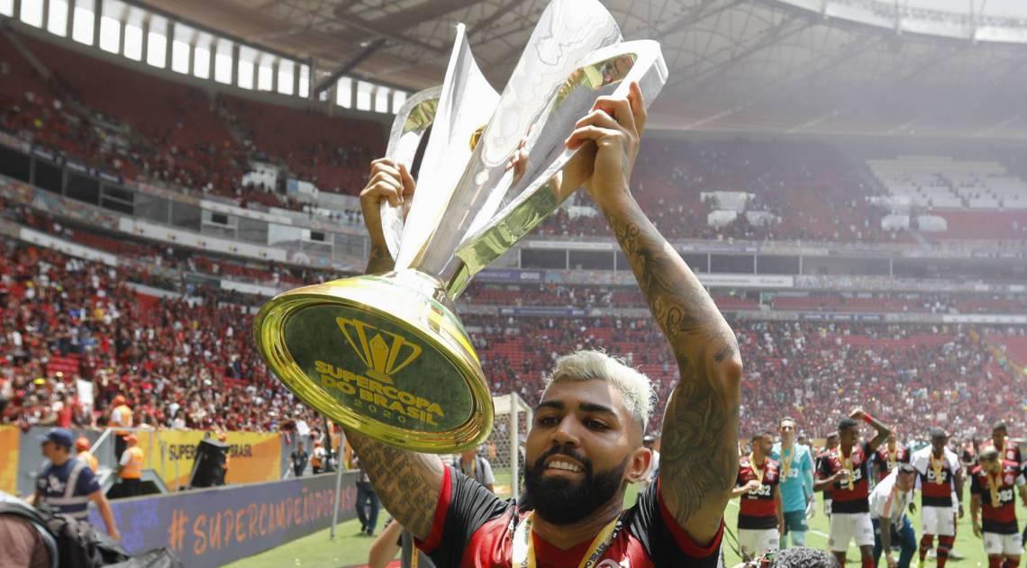 Comentarista aposta em título do Flamengo na Supercopa: Vai levar de barbada