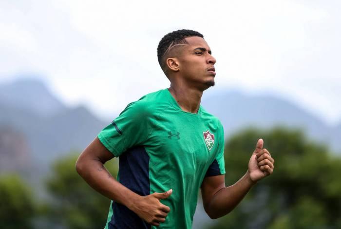 Marcos Paulo no treino do Fluminense