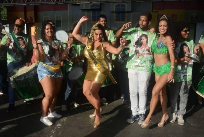 Solange Gomes é coroada na Feira de São Cristóvão