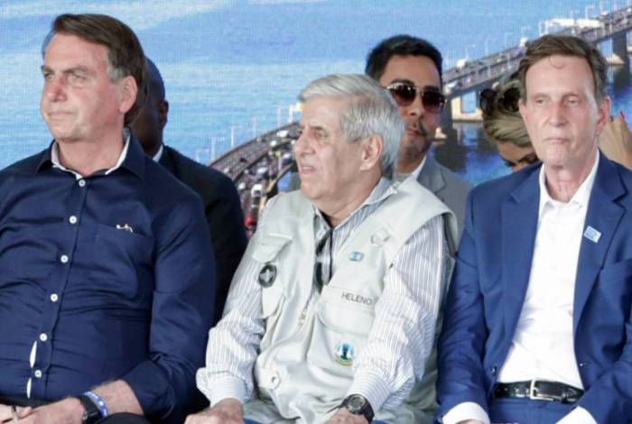 Bretas esteve bem perto de Bolsonaro e de Crivella no evento