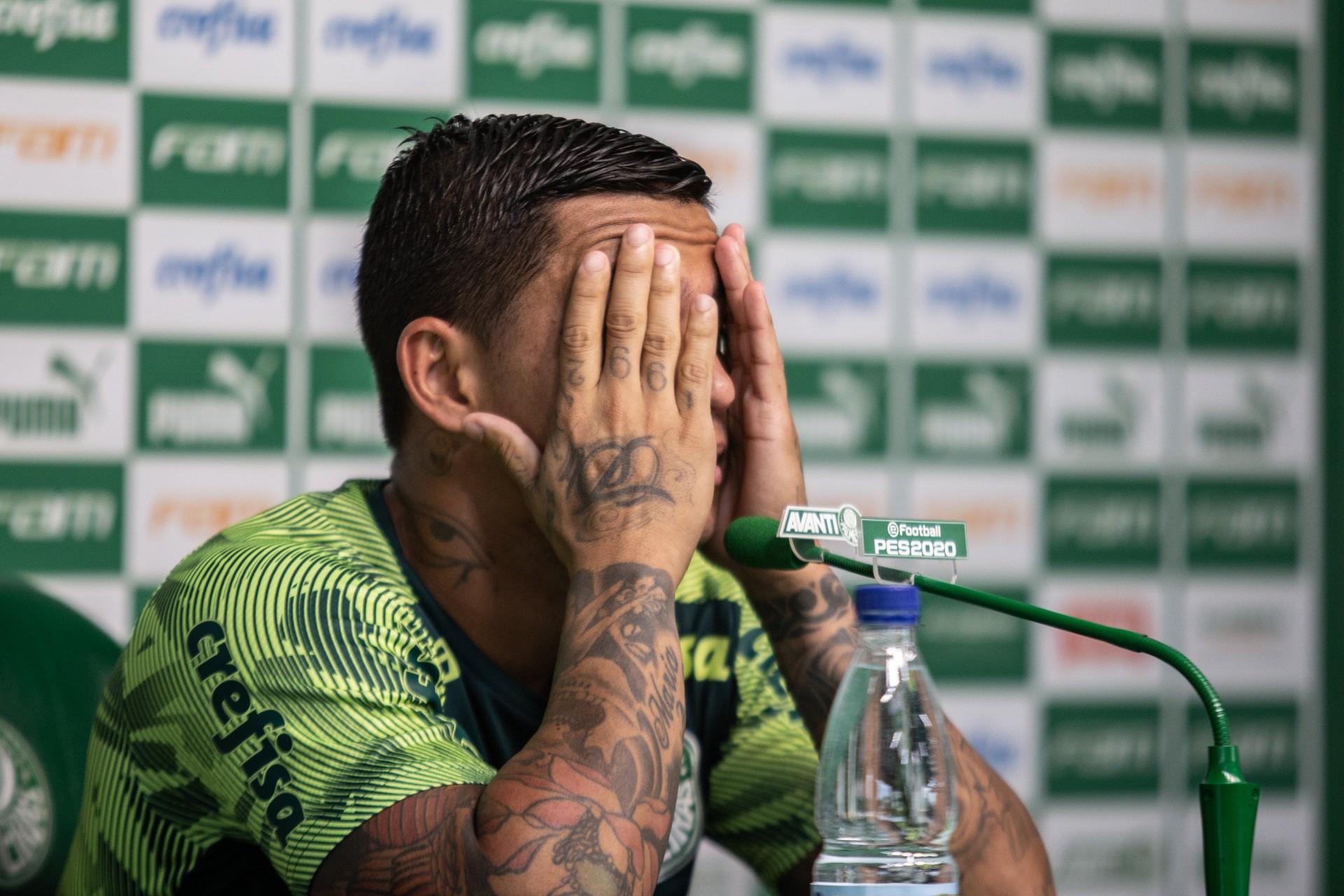 Crise no Palmeiras? Dudu reclama de Abel Ferreira após ser substituído: 'Todo jogo ele me tira'