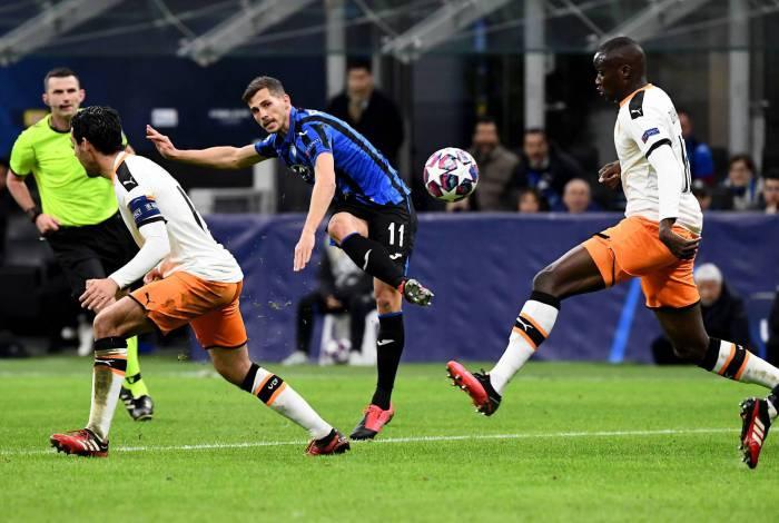 O gol de Freuler foi um dos quatro comemorados na goleada sobre o Valencia, no San Ciro