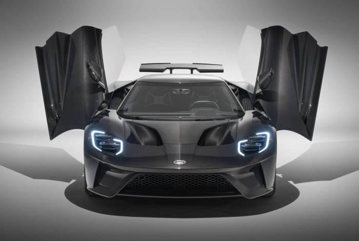 O novo Ford GT na versão Liquid Carbon