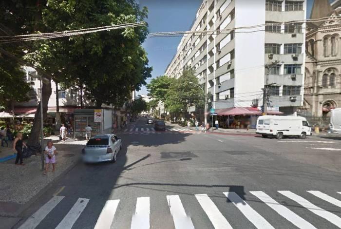 Guarda municipal foi atropelado duas vezes por motorista infrator na Rua Santo Afonso, na Tijuca