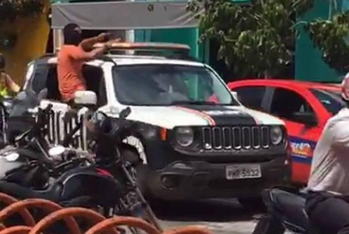 Motim de policiais no Ceará está no seu quinto dia