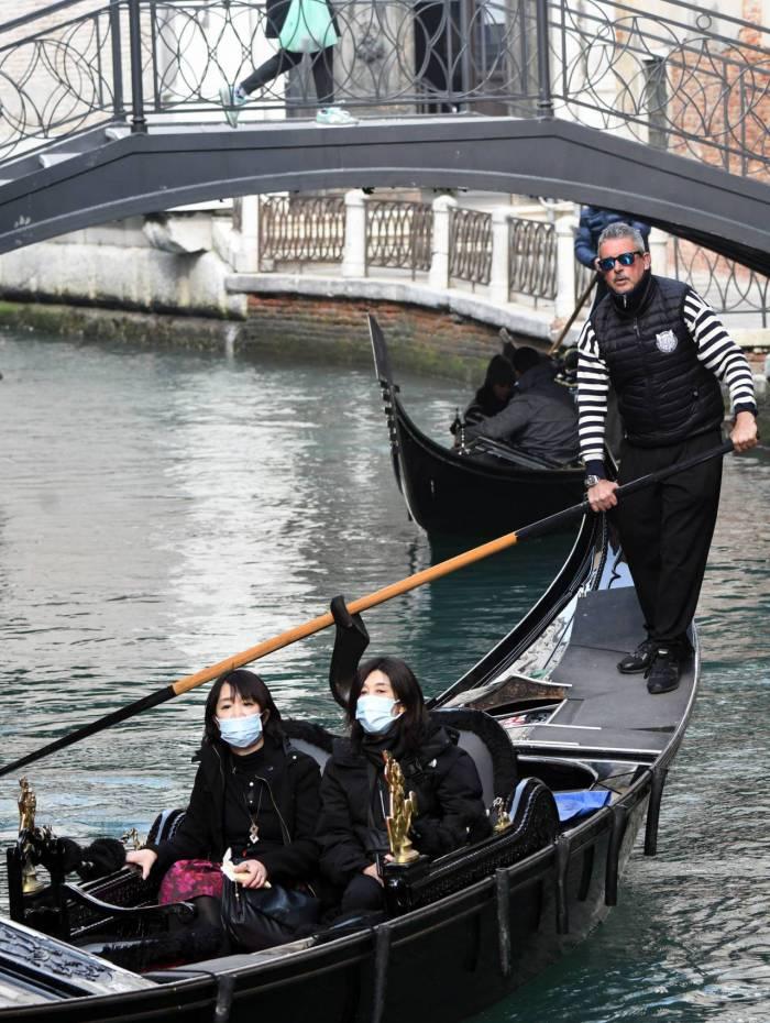 Carnaval de Veneza chegou a ser cancelado por causa da doença