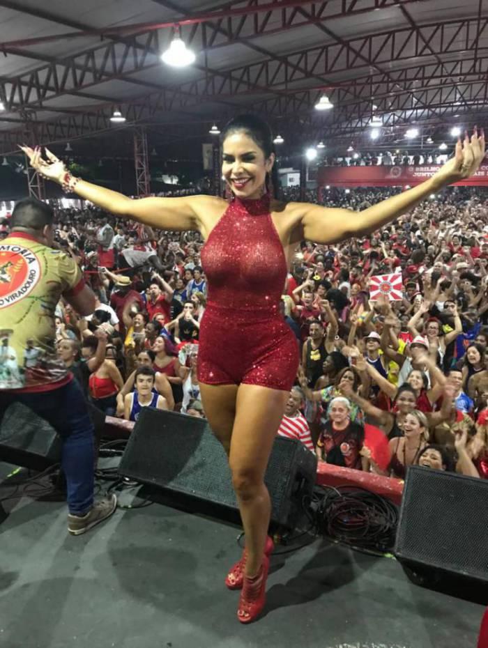 A rainha de bateria da Viradouro, Raissa Machado