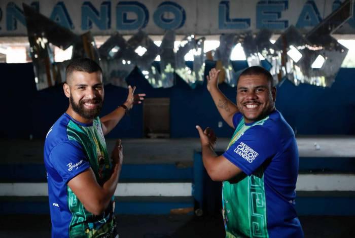 O carnavalesco Bruno Oliveira e o diretor de Carnaval Henrique Bianchi: parceria conquistou a Intendente