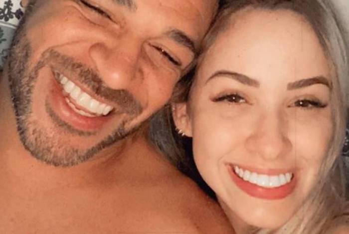 Adriano Imperador e a namorada, Victoria Moreira