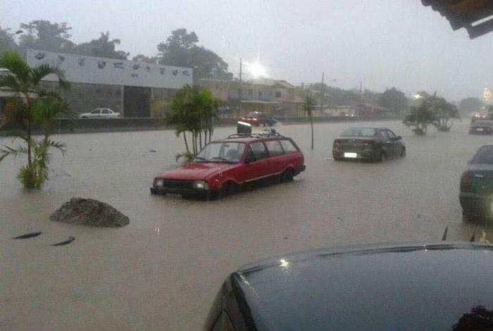 Chuva causou transtornos por todo o estado