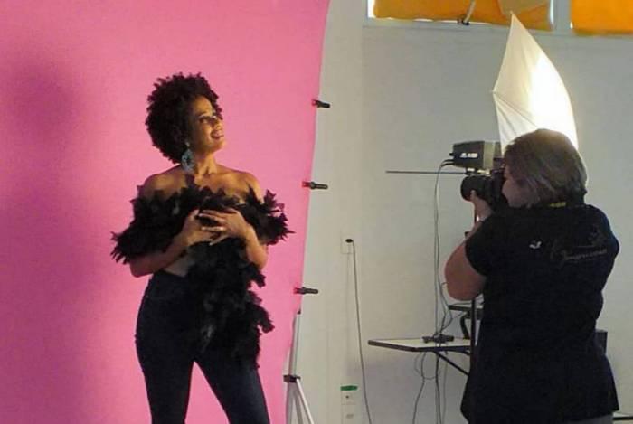 Raquel Gomes, empreendedora que abriu seu próprio estúdio de fotografia