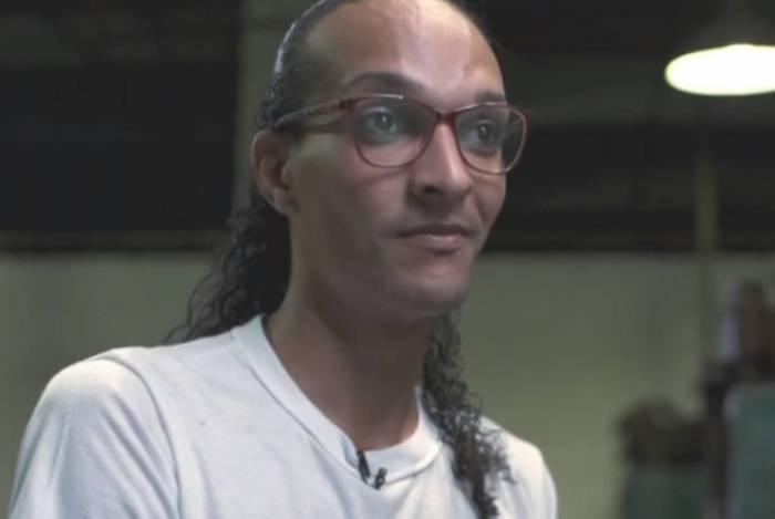 """Suzy Oliveira, que está na Penitenciária I """"José Parada Neto"""", em São Paulo, sensibilizou internautas, após aparecer em reportagem"""