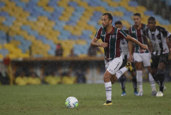 Nenê fez de pênalti o segundo gol do Fluminense sobre o Botafogo-PB