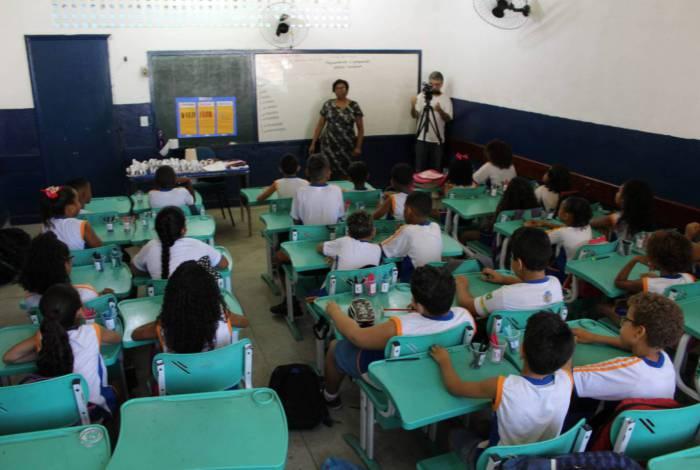 Problemas no sistema RioCard Escolar prejudica alunos da rede municipal