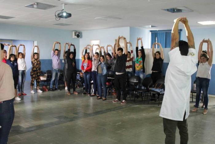 Mais de 40 profissionais estão participando do curso