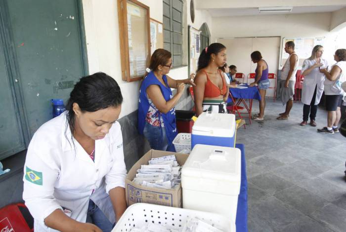 Ao todo, 13 postos oferecem atendimento médico e vacinação