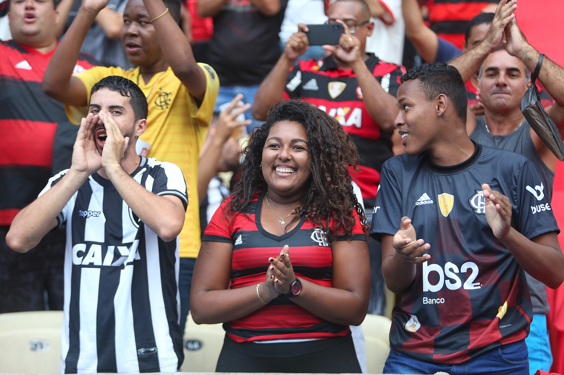 Prefeitura do Rio deve liberar 35% de público nos estádios a partir do dia 15