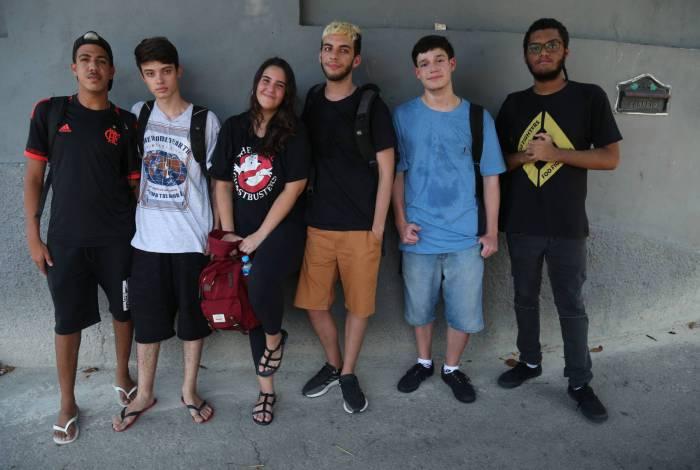 Rio,03/03/2020-MARACANA,materia sobre corona virus ,na foto.grupo de estudantes .Foto: Cleber Mendes/Agência O Dia