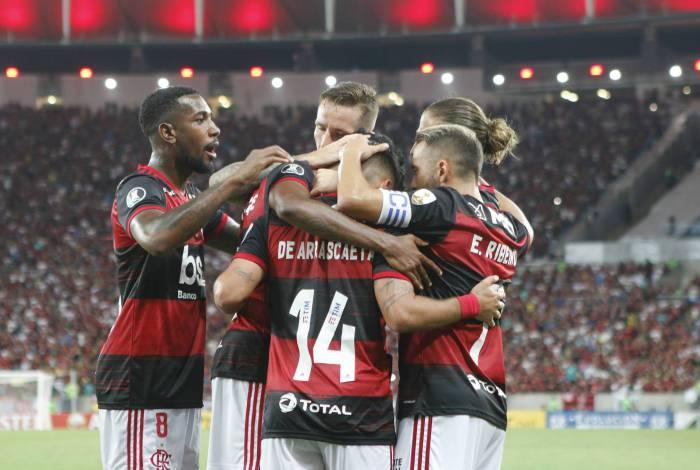 O Flamengo cresceu primeiro internamente para depois desabrochar em campo