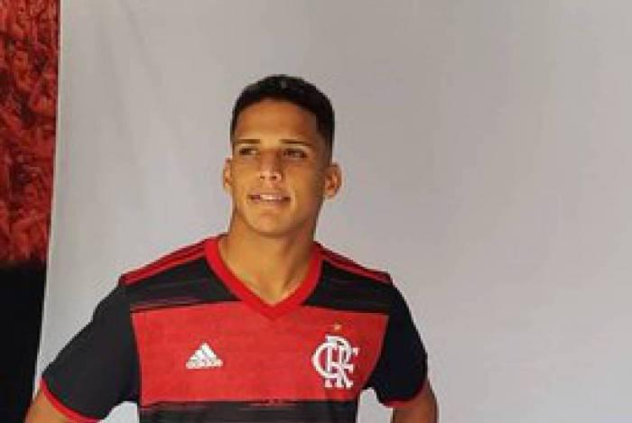 De ordem judicial � quarentena: os obst�culos que impediram a estreia de Thiago pelo Flamengo