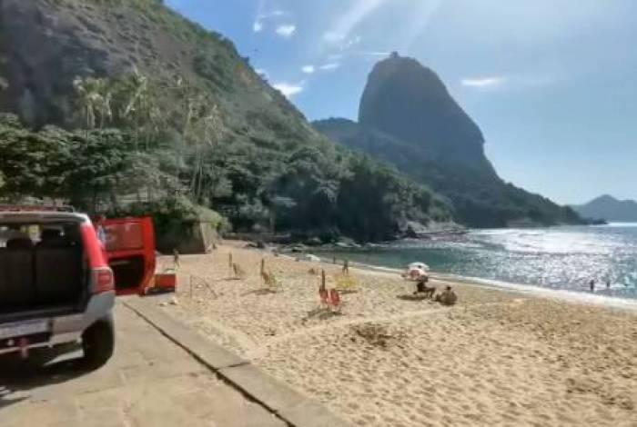 Bombeiros alertam sobre perigo de aglomeração nas praias no contágio do coronavírus: 'Volte para casa'
