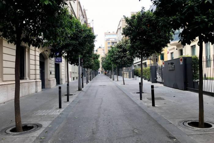 Estabelecimentos espanhóis começaram a retomar as atividades normalmente, após baixa de casos