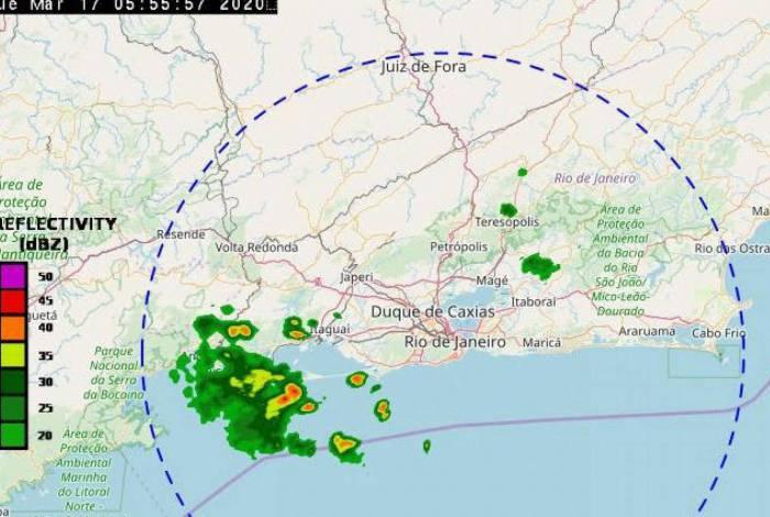 Chuva já caiu forte na manhã desta terça-feira em Santa Cruz e Sepetiba, na Zona Oeste