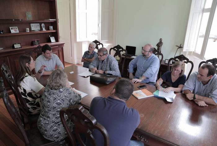 Vale lembrar que Petrópolis tem, hoje, 15 casos suspeitos de coronavírus aguardando os resultados dos exames e nenhum caso confirmado