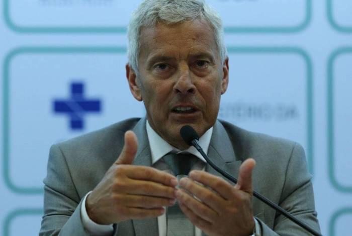 Secretário-executivo do Ministério da Saúde, João Gabbardo, disse que cloroquina pode ser autorizada para pacientes graves