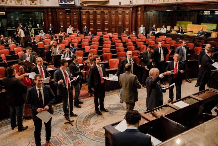 Deputados da Alerj aprovaram a proposta nesta quarta-feira