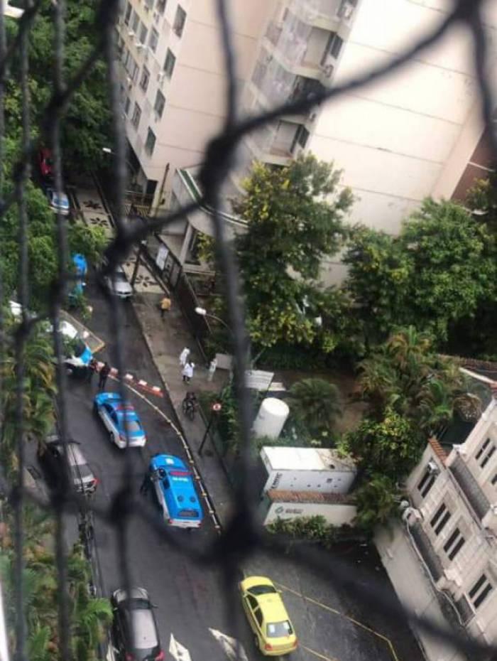 Equipe do 2ºBPM (Botafogo) foi à Rua Soares Cabral, em Laranjeiras, na Zona Sul do Rio, para verificar ocorrência