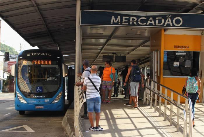 Estação do BRT Mercadão de Madureira.