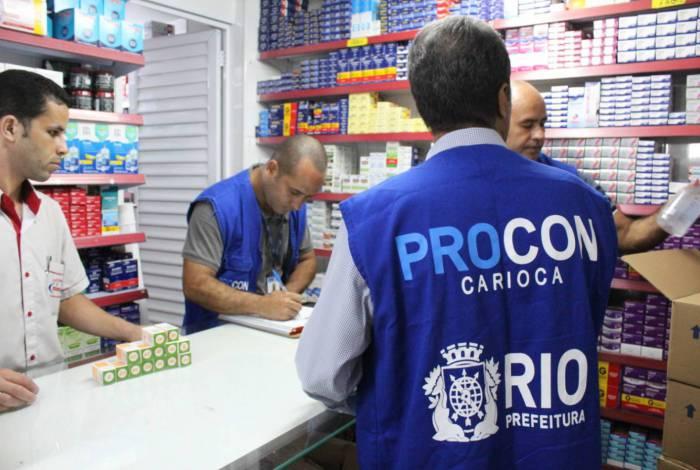 Procon Carioca notifica estabelecimentos por alta indevida nos preços