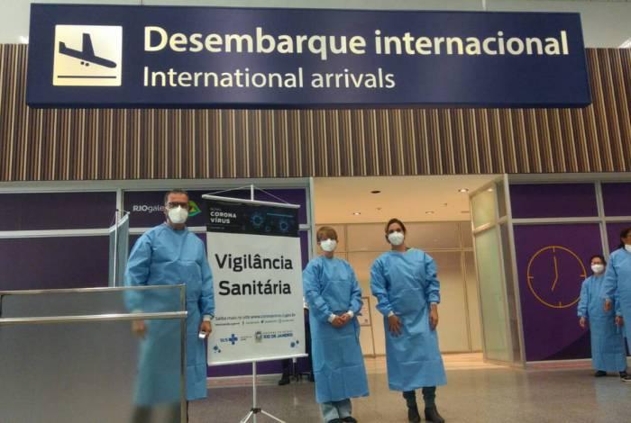 Secretaria Estadual de Saúde atuando no Galeão