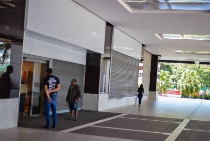 Com objetivo de evitar o contágio por covid-19, doença respiratória causada pelo novo coronavírus, o governo do Distrito Federal, decretou o fechamento de todos os shoppings de Brasília a partir desta 5ª feira (19.mar.2020)