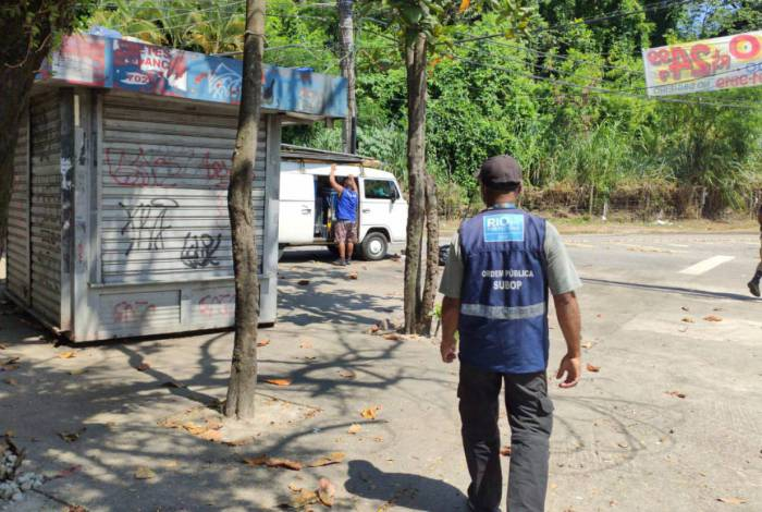 Ação conjunta da Seop, com a Guarda Municipal e a Secretaria Municipal de Fazenda, para fiscalizar fechamento obrigatório de comércios e serviços não essenciais