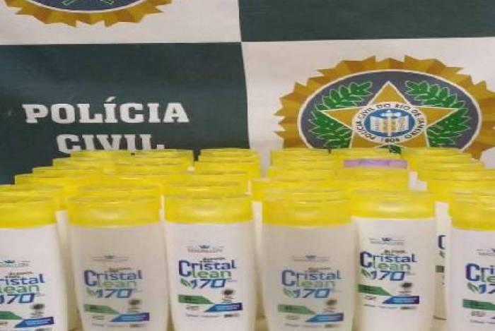 Os frasco de álcool em gel falsificados foram apreendidos