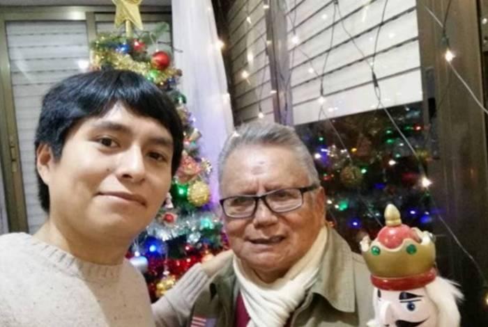 Pai de Luis Fernando Chuquispuma, de 25 anos, morreu por covid-19 em casa, em Madri, Espanha