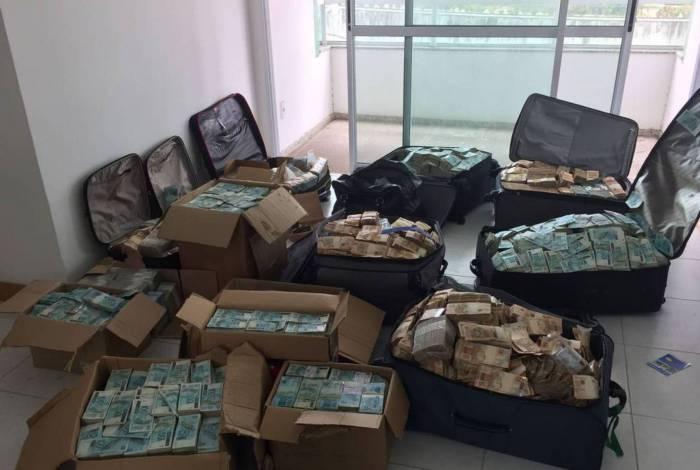 Malas de dinheiro em suposto apartamento de Geddel