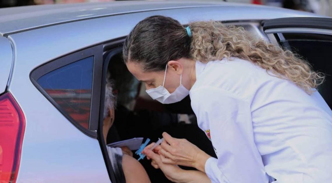 Duque de Caxias promove sistema 'Drive Thru' de vacinação contra gripe    Duque de Caxias   O Dia