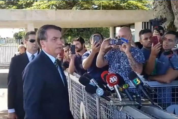 Presidente costuma debochar de repórteres, principalmente mulheres, que cumprem seu ofício na porta do Palácio da Alvorada, em Brasília