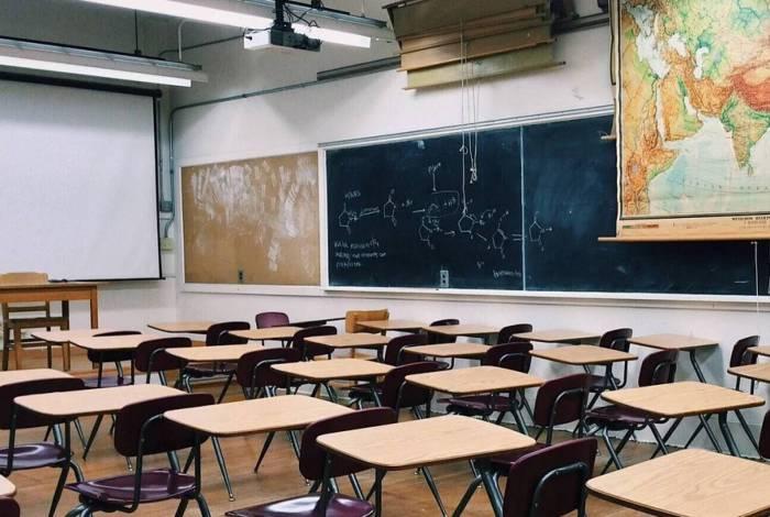 Escolas vazias têm redução nas despesas, diz deputado. A redução nas mensalidades ainda será votada