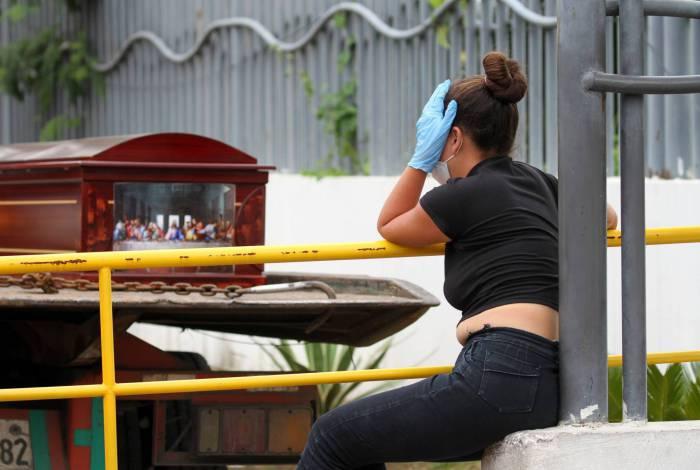 Com a pandemia, Equador teve crescimento de mortes em domicílio