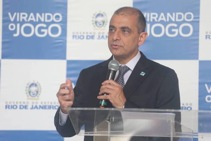 O secretário de Saúde Edmar Santos afirmou estar com medo de um possível aumento do números de infectados no Rio