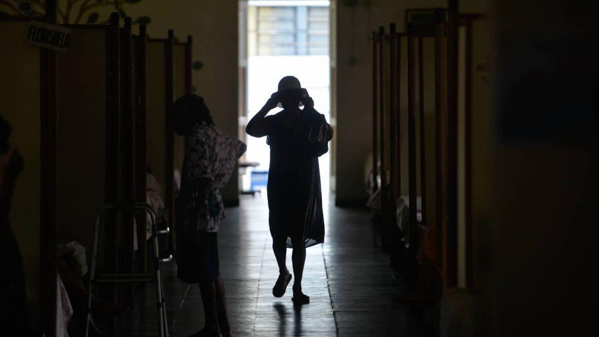 Rio - 31/03/2020 -COVI19 -CORONAVÍRUS -  Em meio as barreiras do isolamento social, por conta da pandemia do novo coronavírus, um apelo feito por 140 'velhinhos' de uma casa de acolhimento em São Gonçalo, na Região Metropolitana do Rio: