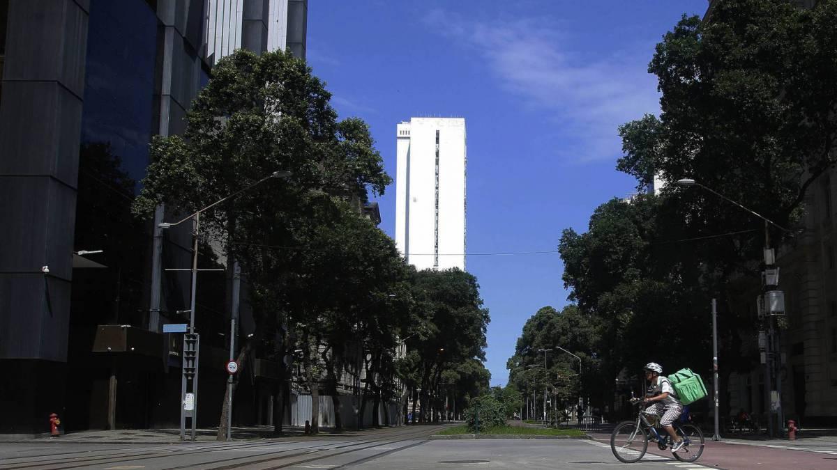 Ruas vazias no centro do Rio